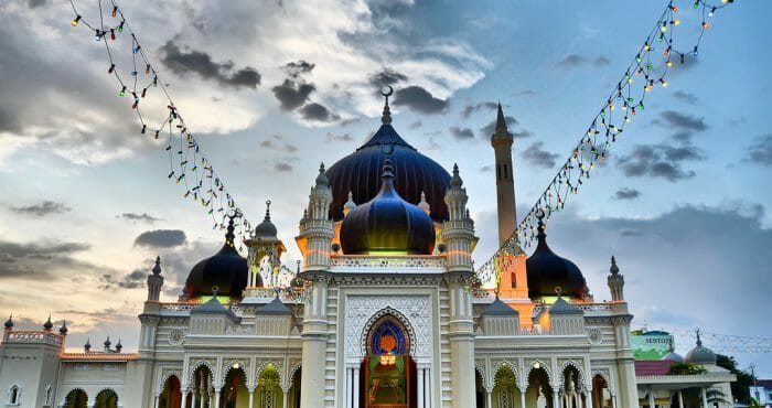 10 MOSQUE ARCHITECTURE IN MALAYSIA 06