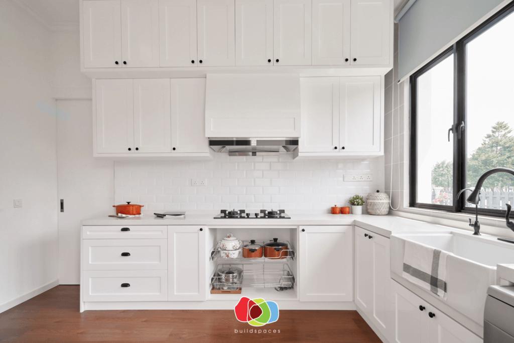 Custom Kitchen Cabinet Installer